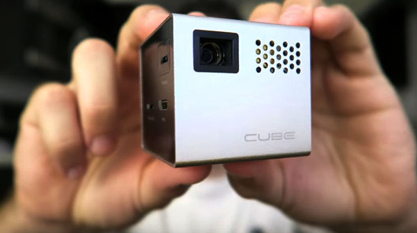 le Rif6 Cube tient dans la main